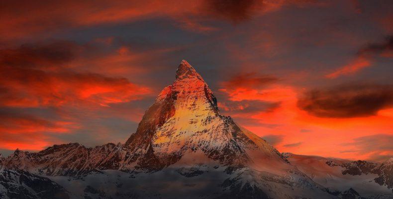 Das Matterhorn in Morgen- oder Abendröte